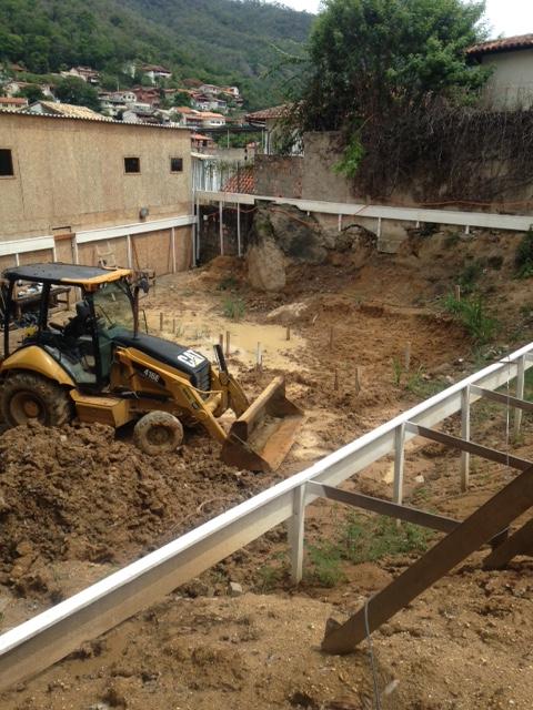 Escavação das sapatas - Bloco 2 - Fevereiro/2015