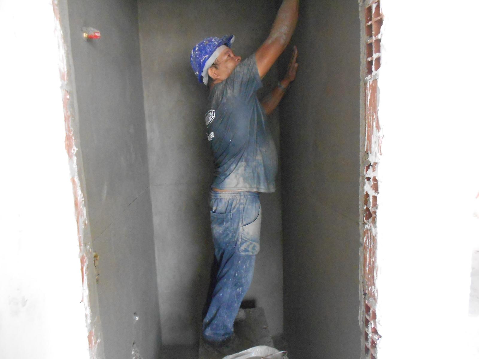 Emboço Banheiros 4° Tipo - FEV 2015