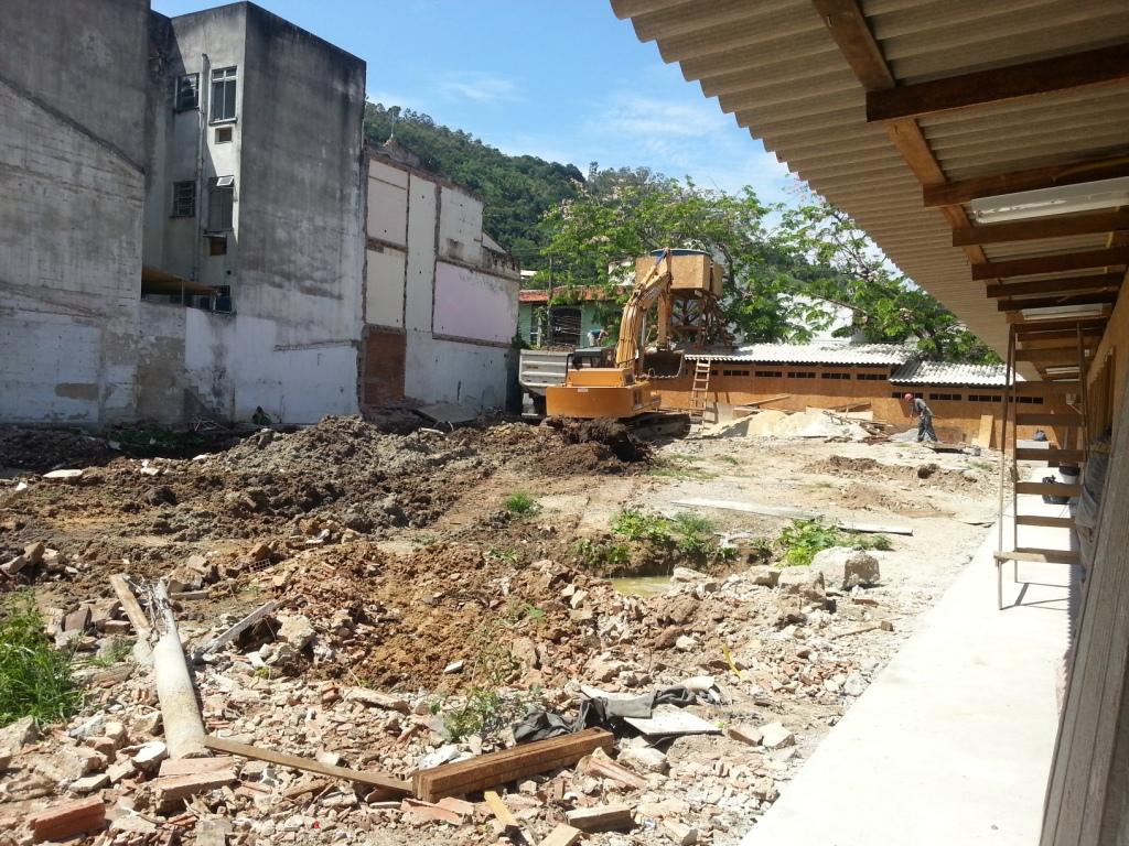 (4) Escavação - DEZ 12