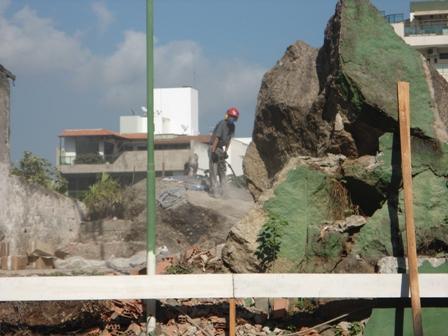 Desmonte de Rocha - Julho/2014