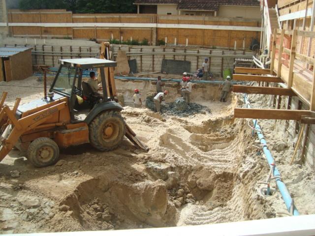 Rebaixamento do lençol freático e 2ª fase de escavação - MAIO/2014