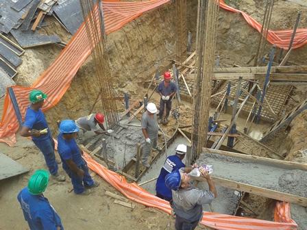 Concretagem Sapatas Fundação Bloco 2 - Março/2015
