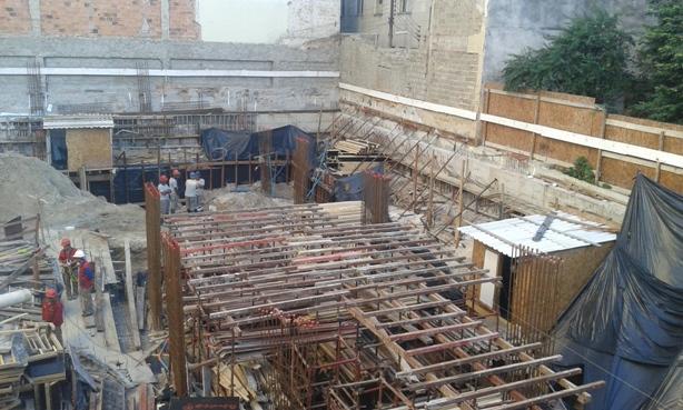 Barroteamento da Laje do Semi-enterrado - AGOSTO/2014